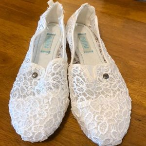 NWOT Mad Love Lace Flats
